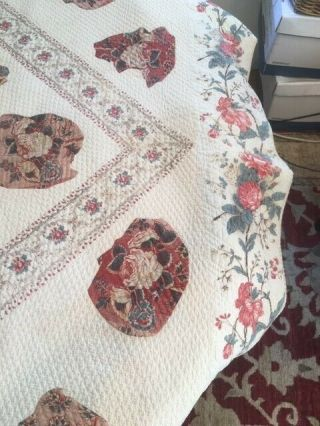 Antique quilt circa 1790 applique with center medallion from North Carolina 3