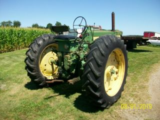 1957 John Deere 620 Antique Tractor 5