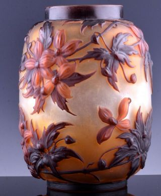 EXTREMELY RARE c1920 EMILE GALLE MOLD - BLOWN CLEMATIS CAMEO ART GLASS VASE 3