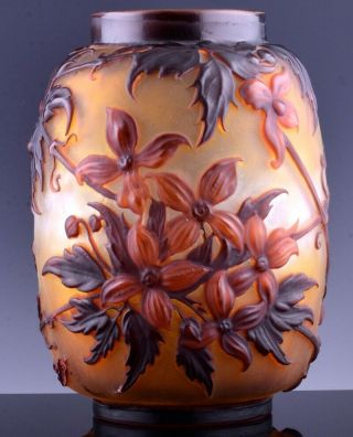 EXTREMELY RARE c1920 EMILE GALLE MOLD - BLOWN CLEMATIS CAMEO ART GLASS VASE 4