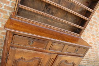 ANTIQUE EARLY 19TH C FRENCH COUNTRY WALNUT CUPBOARD CABINET VAISSELIER HUTCH 4
