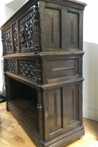 16th century oak cupboard 11