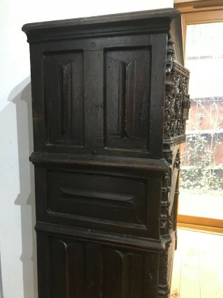 16th century oak cupboard 3