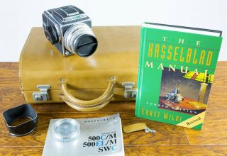 Hasselblad 500c/m Outfit,  Zeiss Planar 80mm F/2.  8 Lens,  A12 Back,  Rare Case,