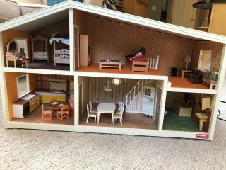 Lundby Vintage Dollhouse With Furniture And Dolls