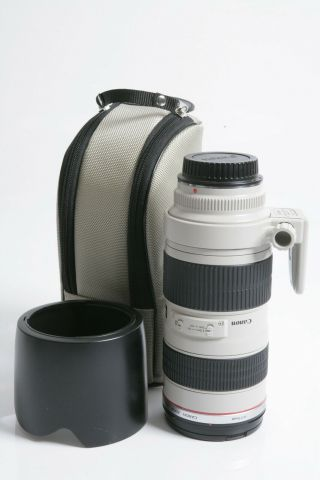 Canon Ef 70 - 200 Mm F/2.  8l Is Ii Usm Telephoto Lens,  Rarely