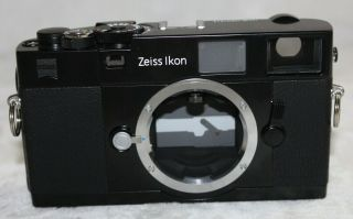 Near Zeiss Ikon Zm Rangefinder Camera Body Rare Black
