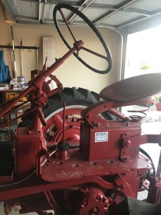 Vintage Farmall c International Harvester tractor 2