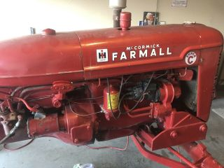 Vintage Farmall c International Harvester tractor 4