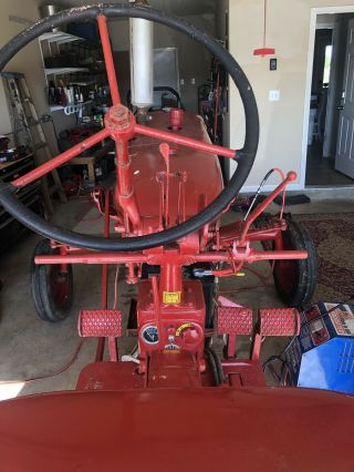 Vintage Farmall c International Harvester tractor 6
