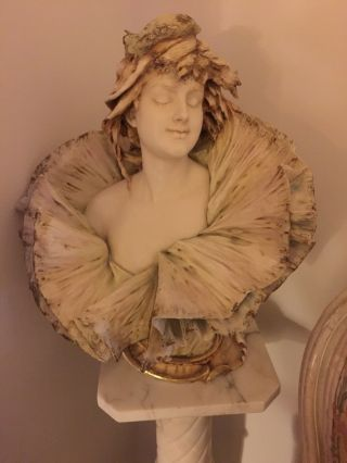 Early 20th Cent.  Porcelaine Teplitz Bust Of Woman By E.  Stellmacker One Of kin 9