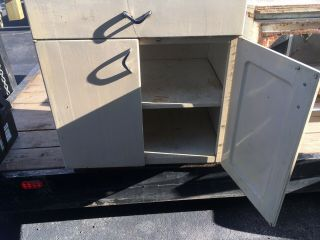 Vintage 1950s Youngstown Metal Cabinets,  Sink,  GE Dishwasher,  Etc. 7