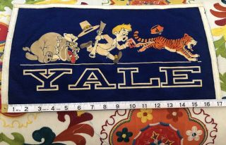 Vtg Yale Bulldogs Princeton Harvard Felt Banner Flag Chicago Pennant Co