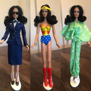 Mego Wonder Woman Doll And Rare Outfit Lynda Carter Parkdale Novelties