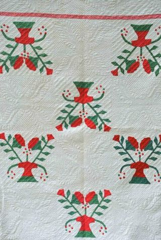 19thc Victorian Applique Floral Quilt Extensive Hand Feather Pattern Quilting