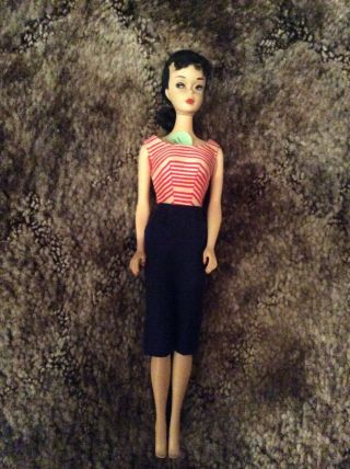 Vintage 3 Brunette Ponytail Barbie W/ Red/white Top And Navy Skirt