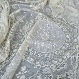 """Antique Creamy French Normandy Lace Bed Cover 102 """" X 96 """" Embroidered Flowers"""