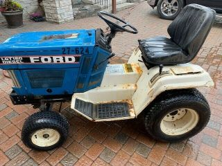 Vintage Ford Lgt16d Garden Tractor.  Hydro - Static Drive.  No Deck.