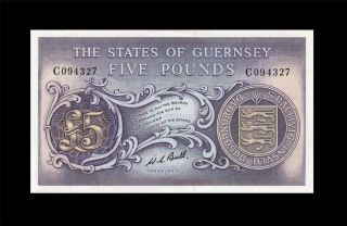 1969 The States Of Guernsey 5 Pounds Sig.  Bull Rare ( (gem Unc))