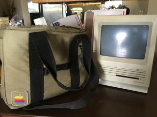 Vintage 1980s Apple Macintosh Se With Tote Bag,  Mouse,  Orig Power Chord