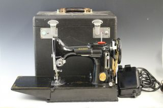 Vintage Singer Featherweight Portable 221 Sewing Machine Carrying Case