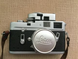 Leica M4 35mm Range Finder Film Camera with Leitz Summicron Lens 5