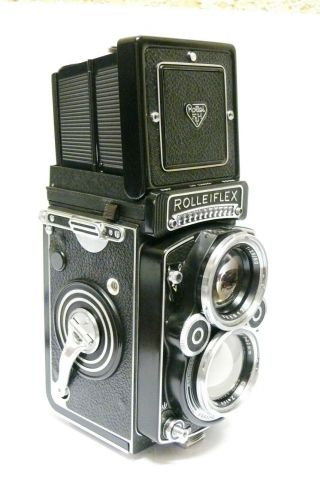 Rolleiflex 2.  8f 80mm F2.  8 Planar.  Stunning,  One Of The Best Available? Inc.  Case