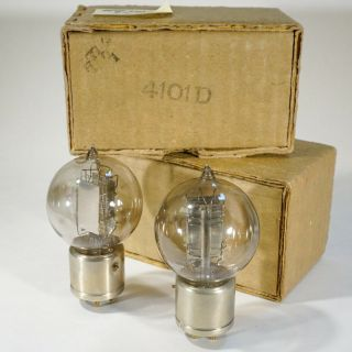 Matched Pair - Western Electric 4101 - D / 101 - D Metal Base British Audio Tubes
