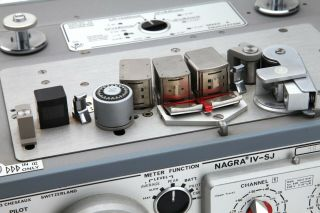 Nagra IV - SJ Tape Recorder with Accessories 3