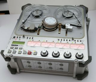 Nagra - D 4 Channel Digital Audio Recorder plus accessories,  very of use 2