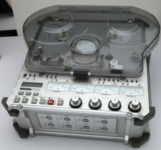 Nagra - D 4 Channel Digital Audio Recorder plus accessories,  very of use 3