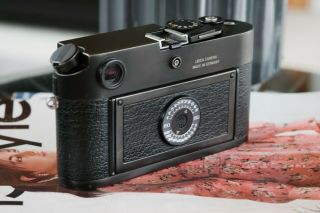 Leica M6 TTL 0.  58 Rangefinder In Black Chrome [Excellent Condition] 2