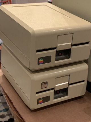 Magnificent 256K Apple III,  5Mb Profile HD,  2 Drives,  Software,  Monitor 6