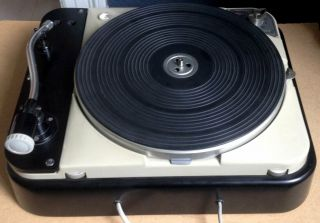 Thorens TD 124,  2 Ortofon carts,  SMG - 212 arm and SUTs 9