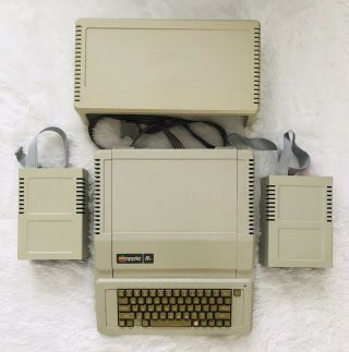 Apple 2e Apple Iie Computer Floppy Disk Drives & Shelf For Monitor To Sit On