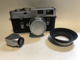 Leica M4 35mm Rangefinder Film Camera 21 Mm Agulon Lens 21 Mm Viewfinder