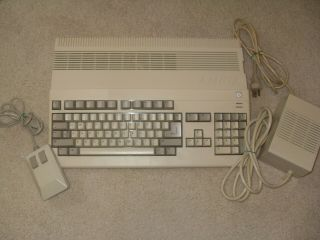 Amiga 500 Commodore Computer A500 With Power Supply - Parts