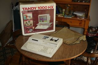 Tandy 1000 Hx Vintage Computer Pc Model 25 - 1053 Dos 3.  3/gw Basic And Pfs Write
