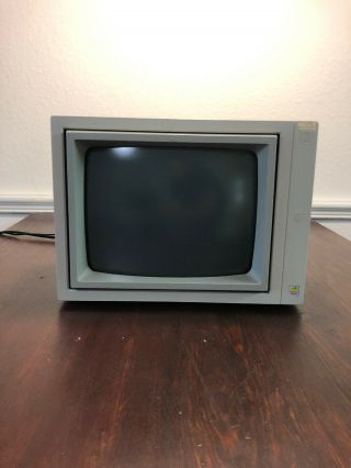 Vintage Apple Iie Personal Computer Green Monitor Model A2m6017