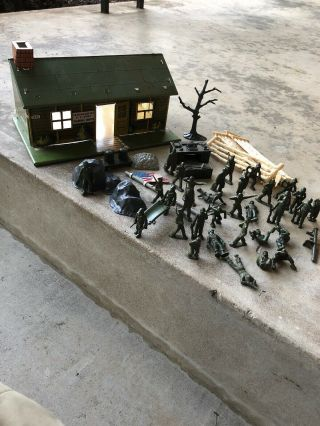 Vintage 1950s Marx Us Army Training Center Play Set Tin
