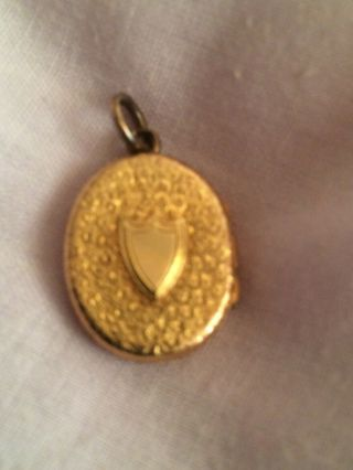 "Vintage Gold Plated ??? Locket Pendant Vacant Cartouche Approx 1"" 3.  97gms"
