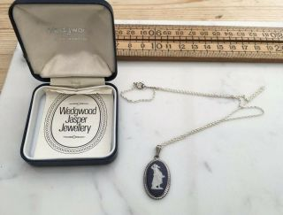 Vintage Silver Wedgwood Necklace With Silver Mount And Chain,  Boxed