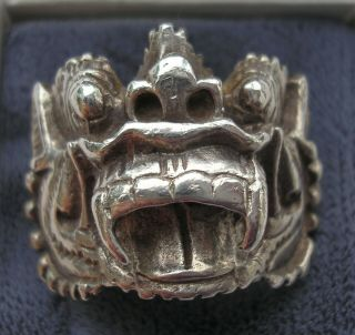 Gorgeous Large Vintage Chinese Silver Dragon Or God Head Ring Size Q