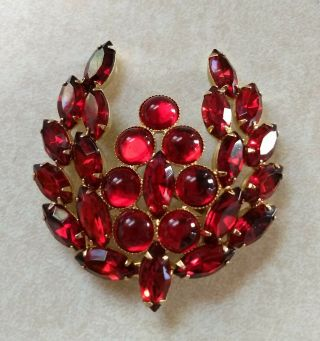 Vintage High End Ruby Red Rhinestone Cabachon Brooch Pin Big And Bold
