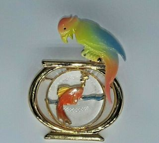 Vintage Gold Crown Jelly Belly Bird With Fish Bowl Pin 1980