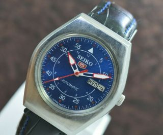 Vintage Seiko 5 Day Date 17 Jewels 6309 Automatic Movement Men