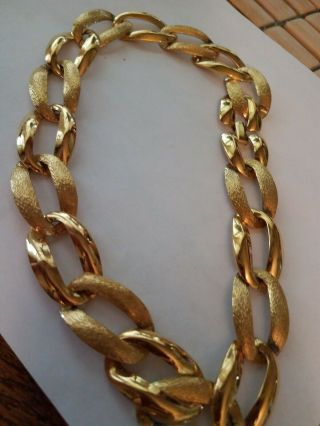 Vtg Napier Brushed And Glossy Goldtone Chain Choker Necklace Pat 4.  774.  743