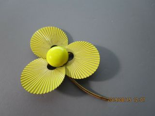 Vintage Yellow Enamel Metal Flower Brooch/pin Pretty