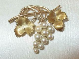 Signed Vtg 50s Gold Overlay Krementz Pearl Fruit Grapes Wine Dress Pin Brooch