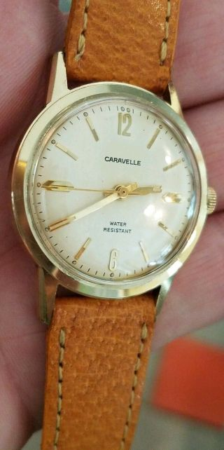 Vintage 1973 Caravelle Watch 17 Jewels 33mm Keeps Good Time